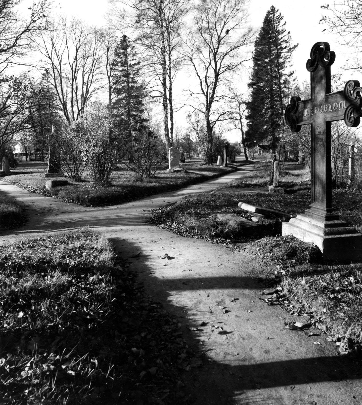 Kävelykierros Porin vanhalle hautausmaalle